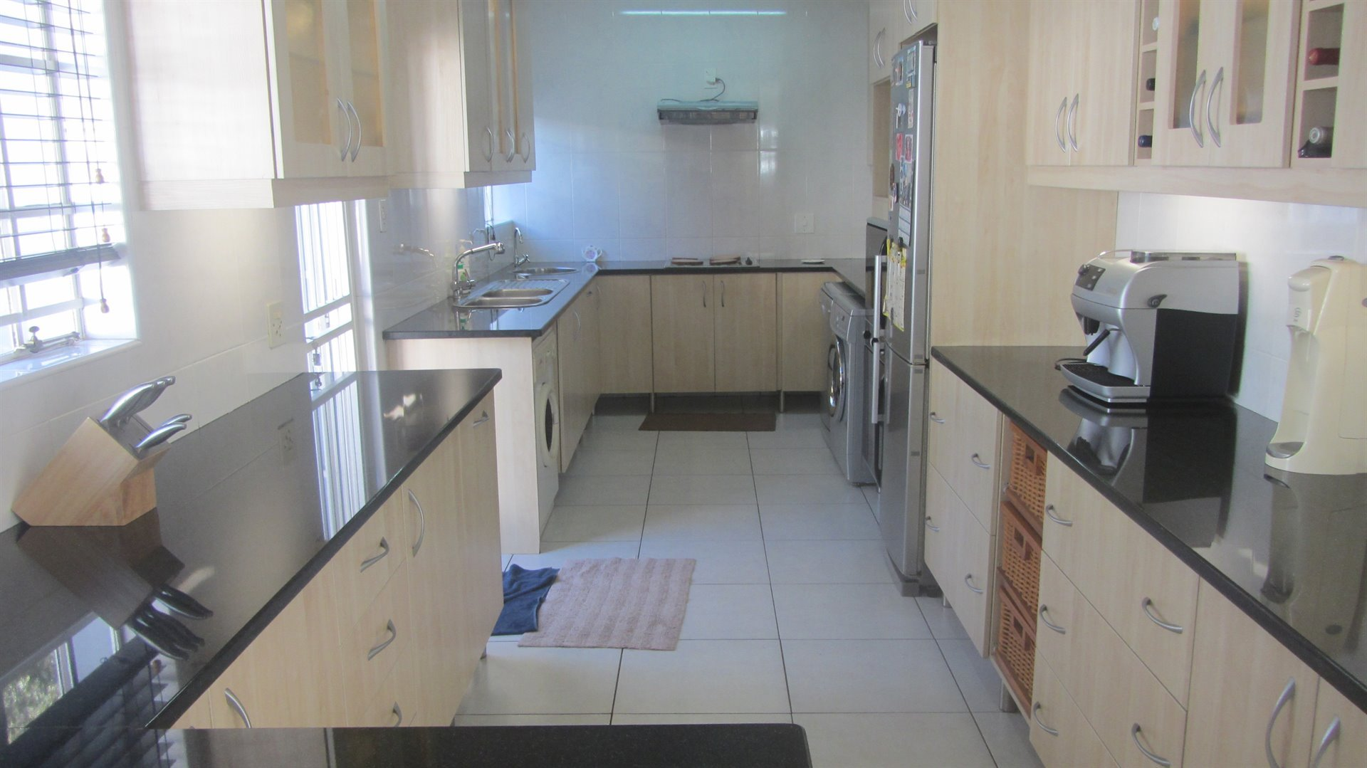 Waterkloof Heights for sale property. Ref No: 13484685. Picture no 4