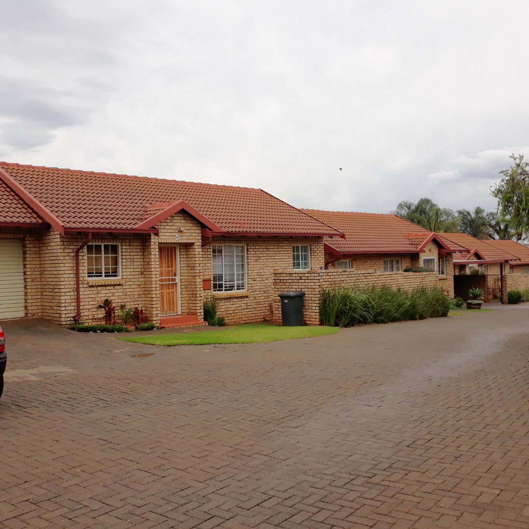 Property and Houses to rent in Gauteng - Page 2, Townhouse, 2 Bedrooms - ZAR ,  8,50*,M