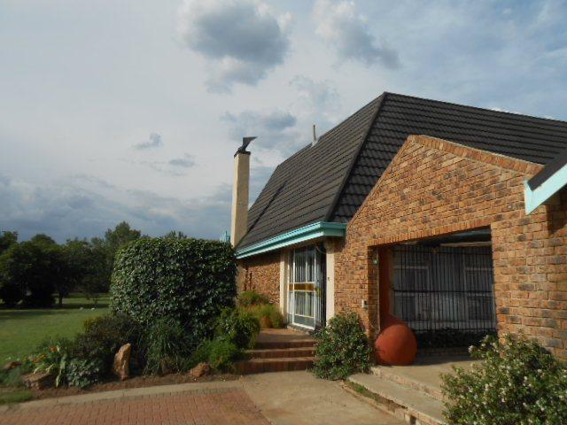 Mooilande property for sale. Ref No: 13421739. Picture no 16