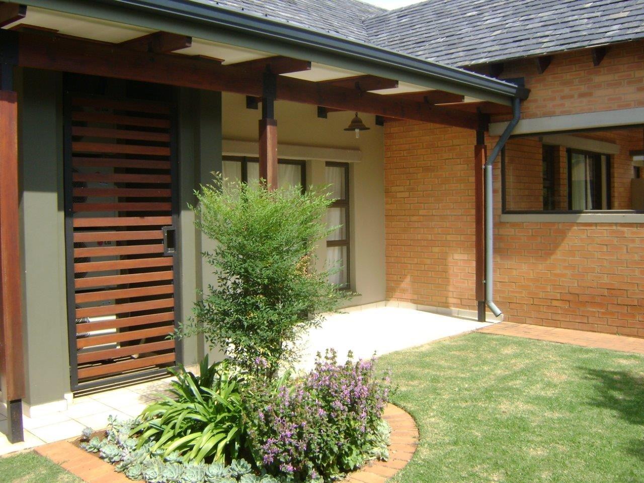 Property to Rent by Ernst Van Eck, Apartment, 1 Bedrooms - ZAR ,  6,50*,M