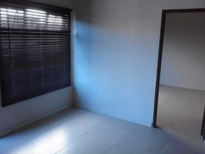 Refilwe property for sale. Ref No: 13531440. Picture no 4
