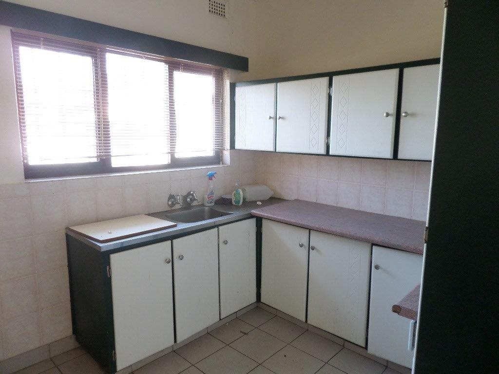 Southport property for sale. Ref No: 13357975. Picture no 6