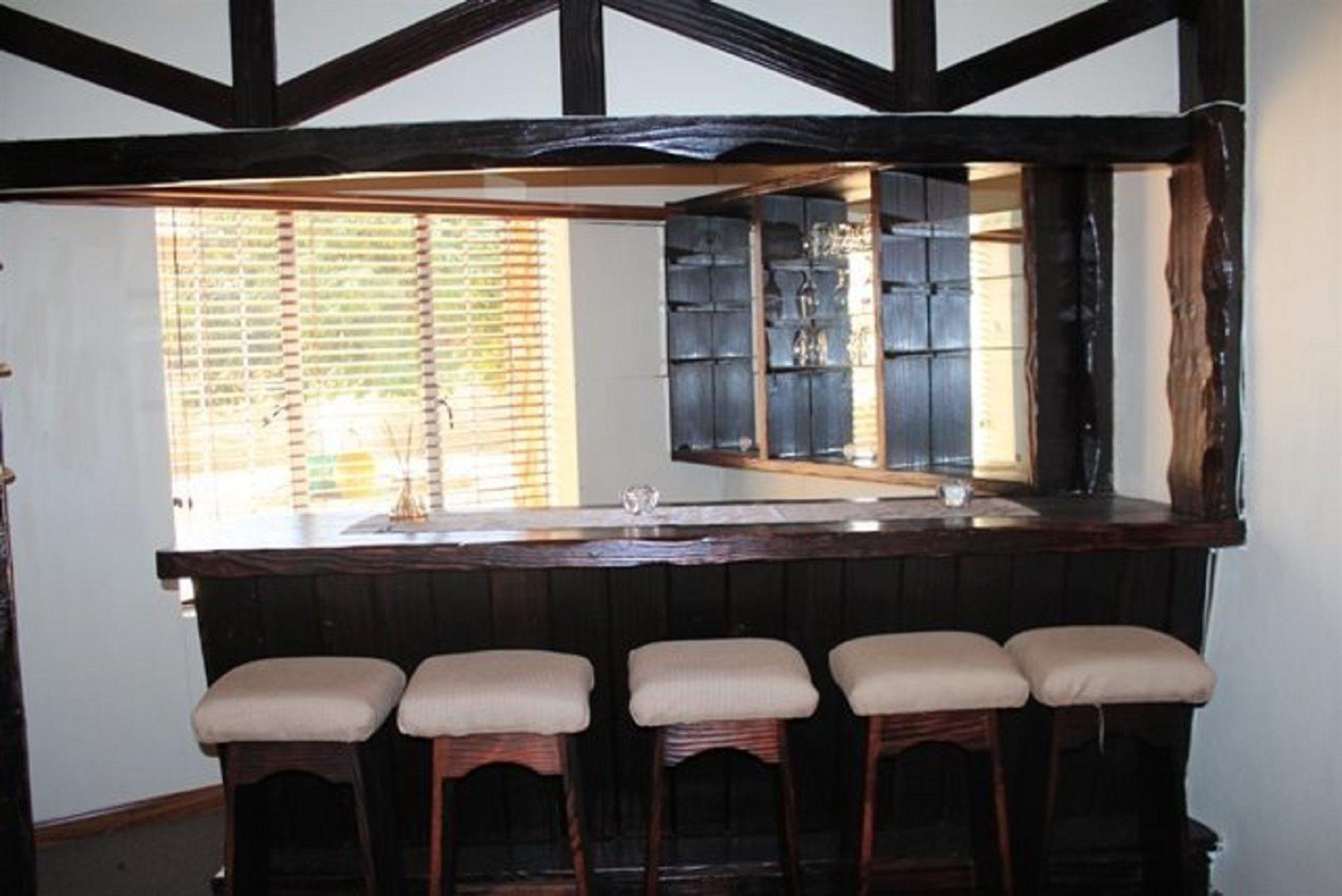 Pretoria North property for sale. Ref No: 13566737. Picture no 4
