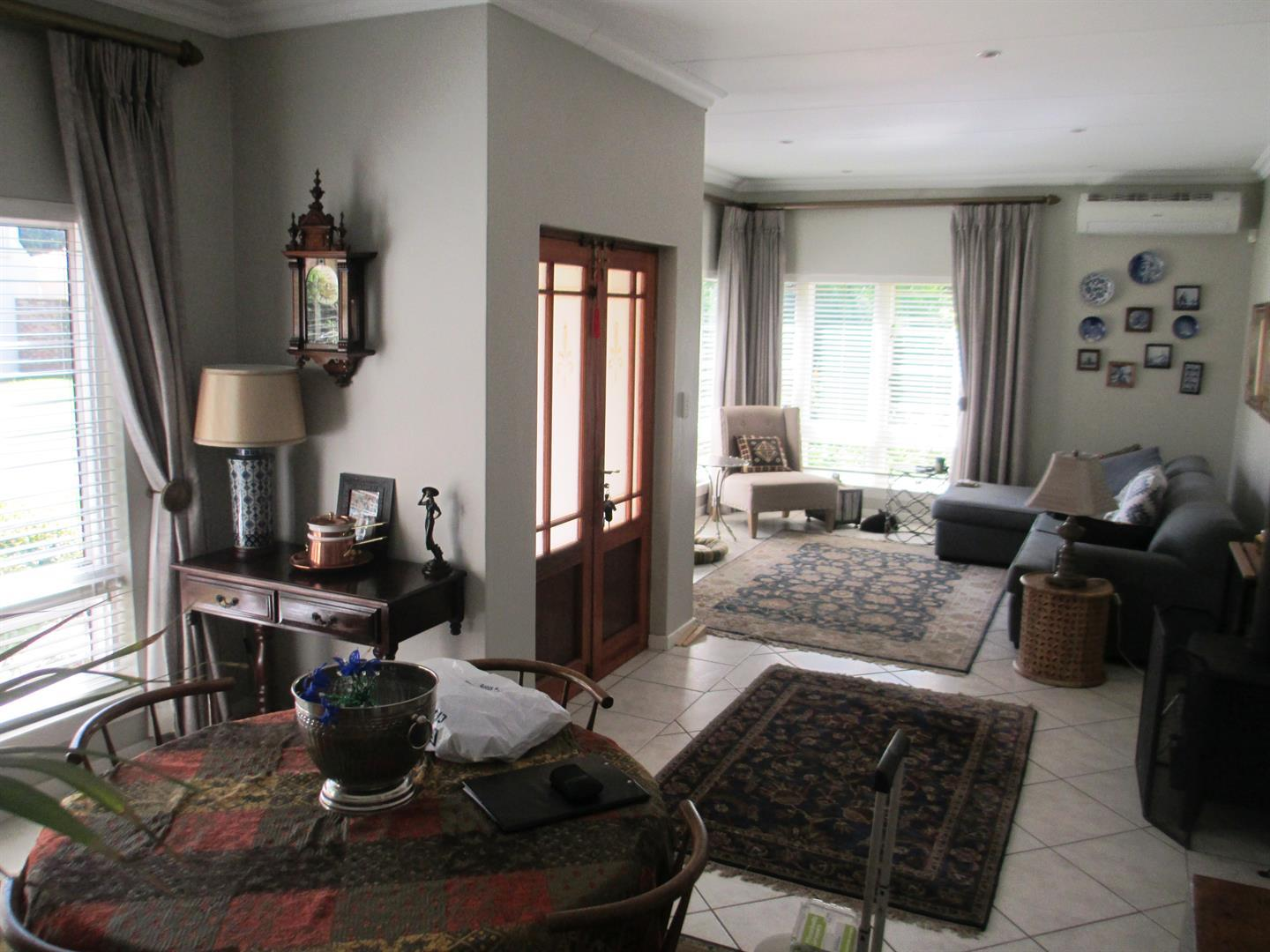 Clubview property to rent. Ref No: 13459872. Picture no 3