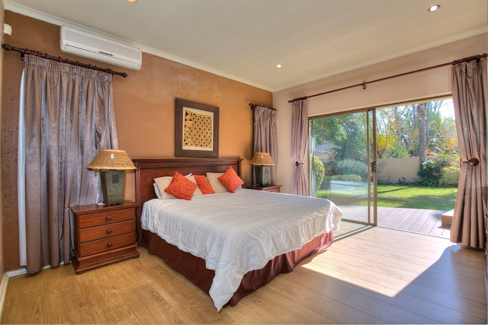 Fourways Gardens property to rent. Ref No: 13567440. Picture no 5
