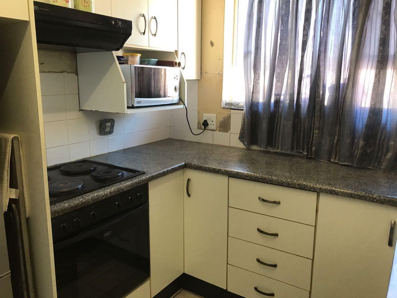 Brackenham property for sale. Ref No: 13492989. Picture no 3