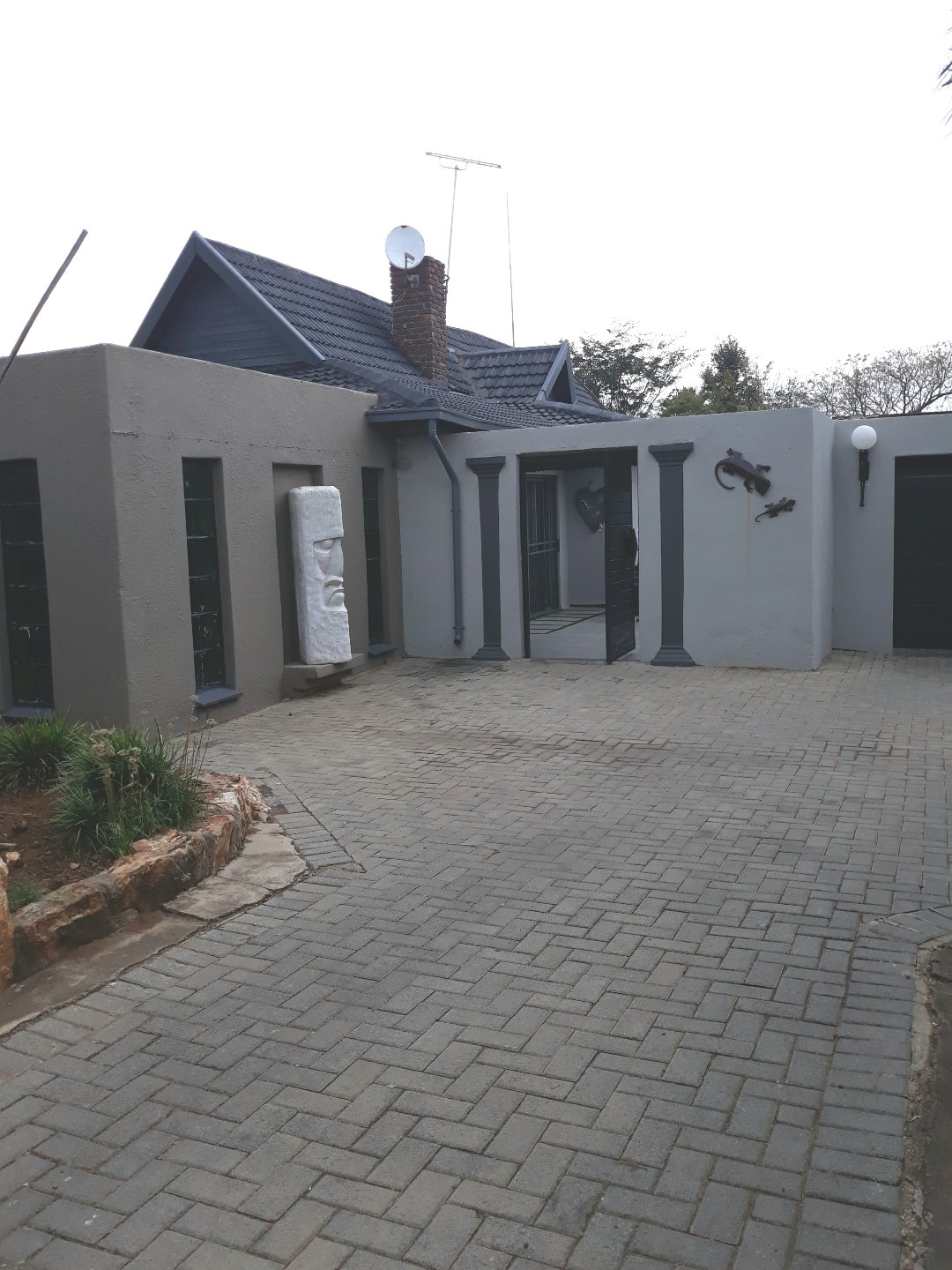 Property and Houses for sale in Verwoerdpark, House, 3 Bedrooms - ZAR 1,895,000