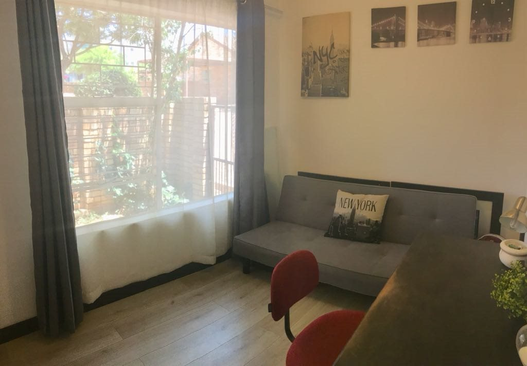 Wilgeheuwel property for sale. Ref No: 13553042. Picture no 15