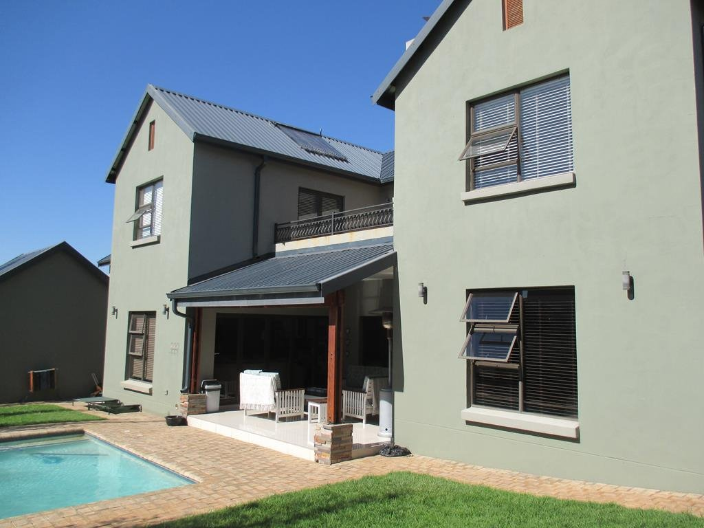 Midlands Estate property for sale. Ref No: 13317285. Picture no 2