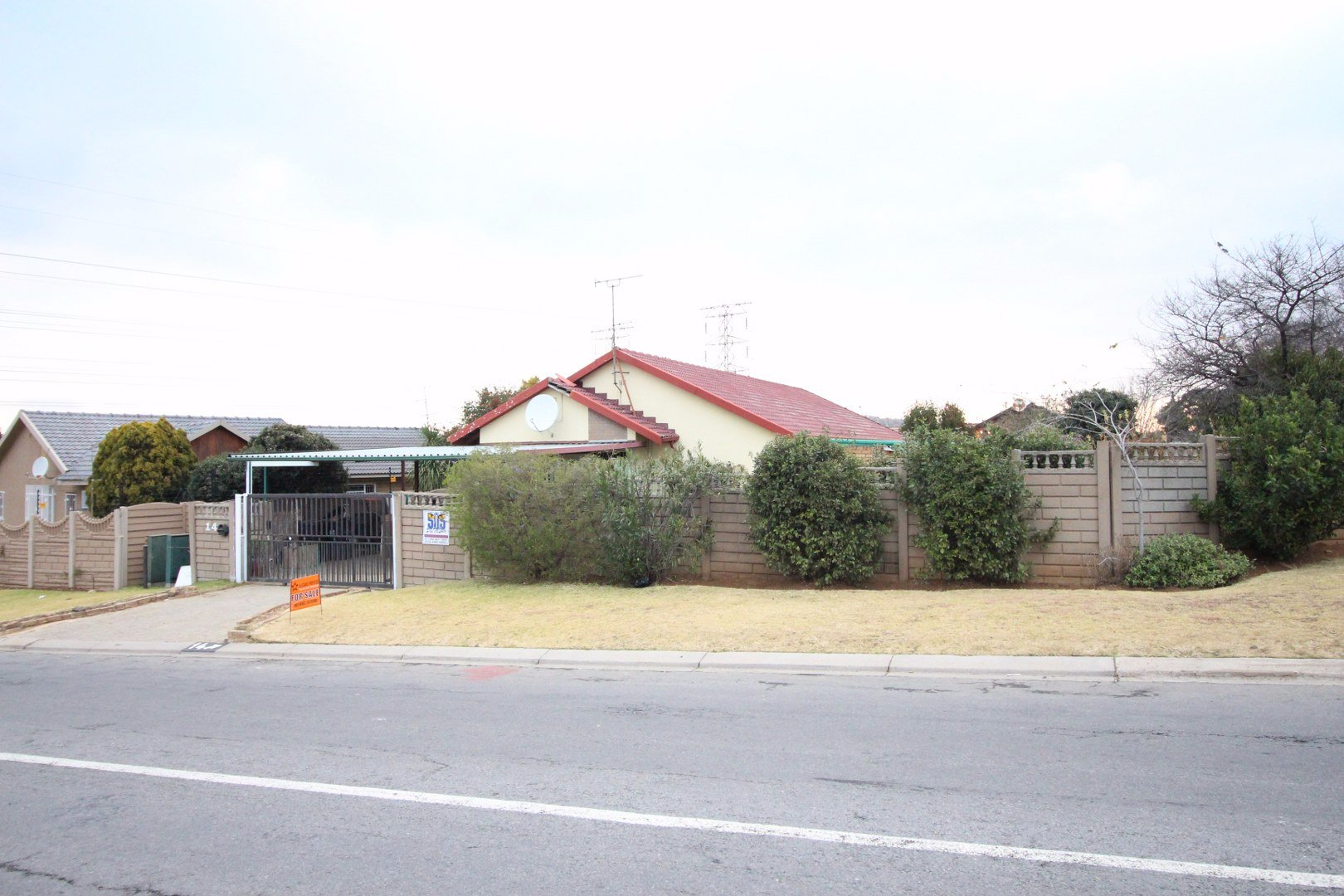 Johannesburg, Suideroord Property    Houses For Sale Suideroord, Suideroord, House 3 bedrooms property for sale Price:1,180,000