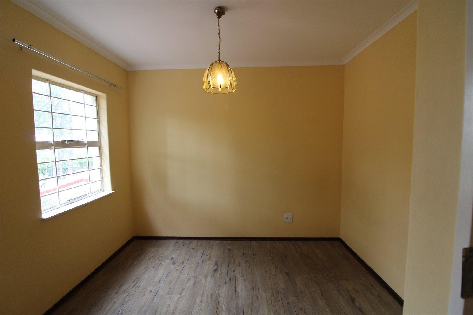 Bryanston property for sale. Ref No: 13552406. Picture no 20