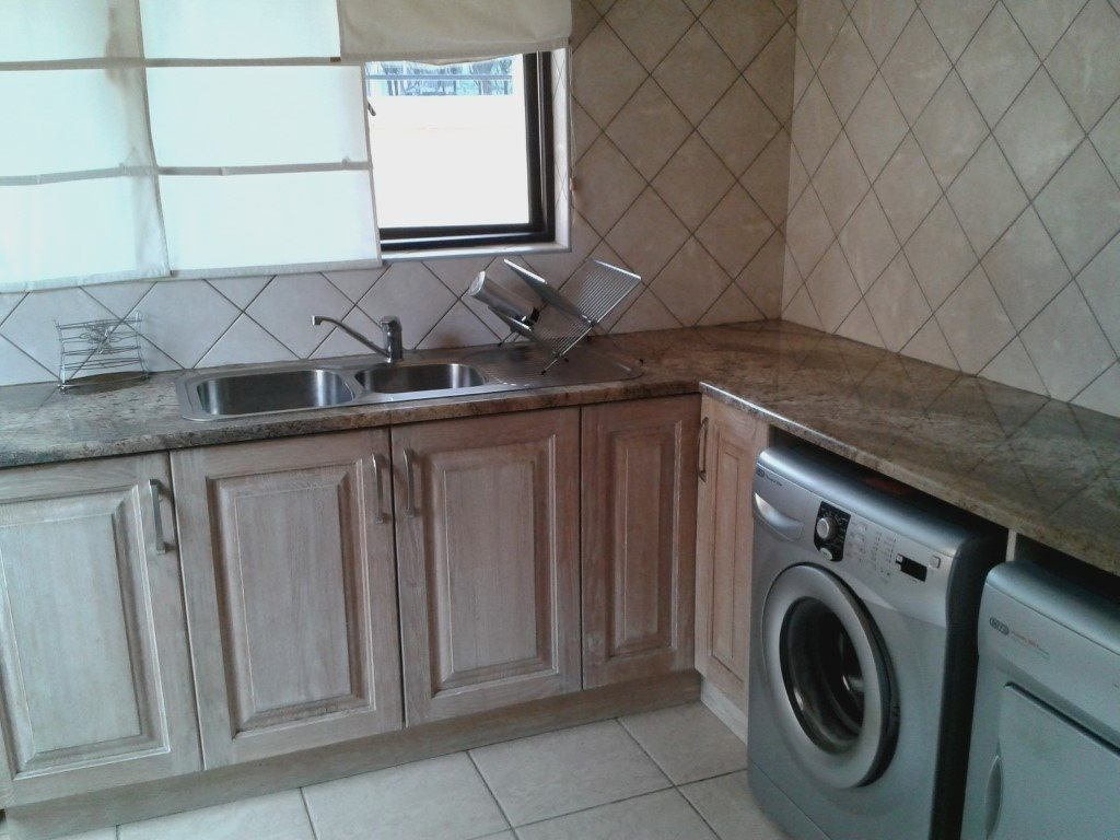 Uvongo property for sale. Ref No: 13272815. Picture no 8
