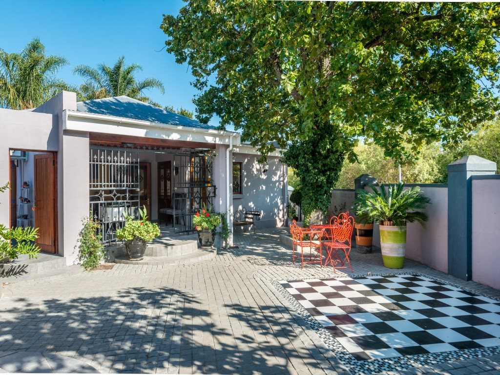 Franschhoek property for sale. Ref No: 13327931. Picture no 5