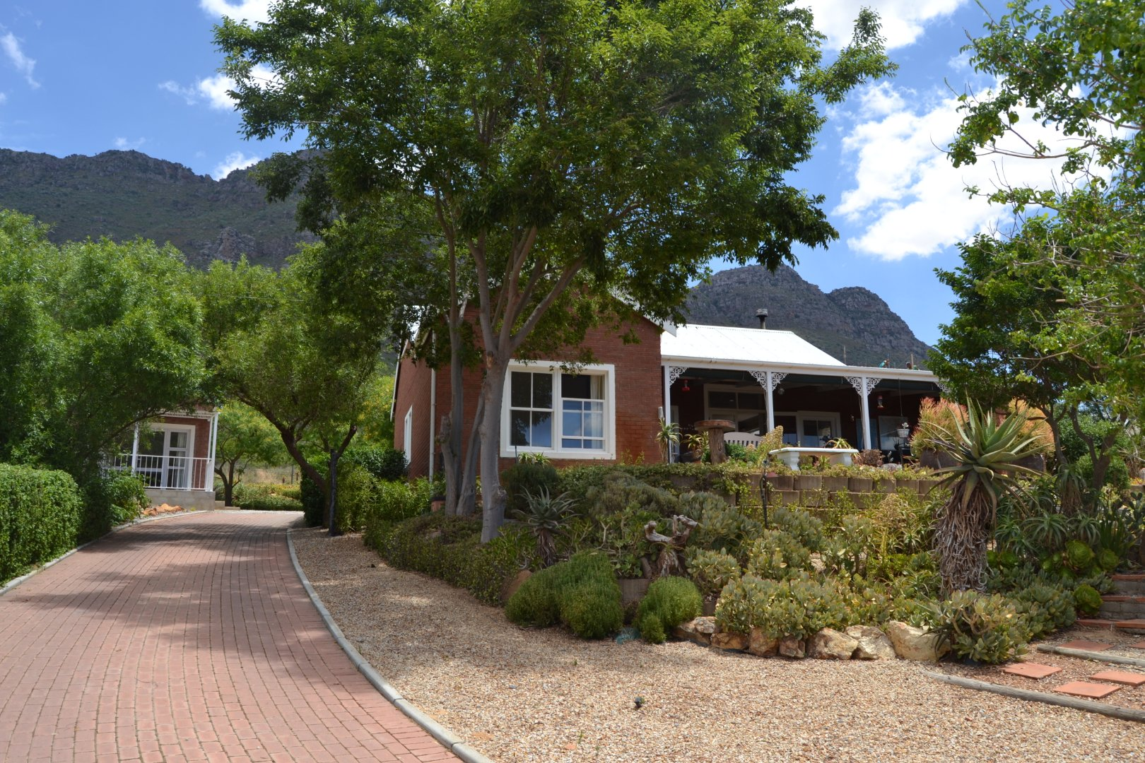 Property and Houses for sale in Riebeek West, House, 3 Bedrooms - ZAR 2,849,000