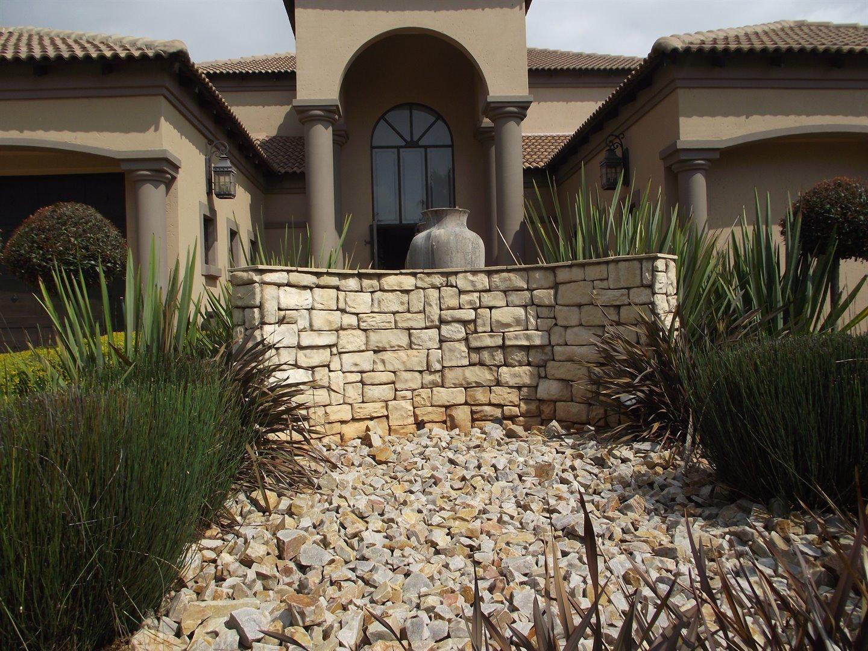 Midstream Estate property for sale. Ref No: 13477549. Picture no 19