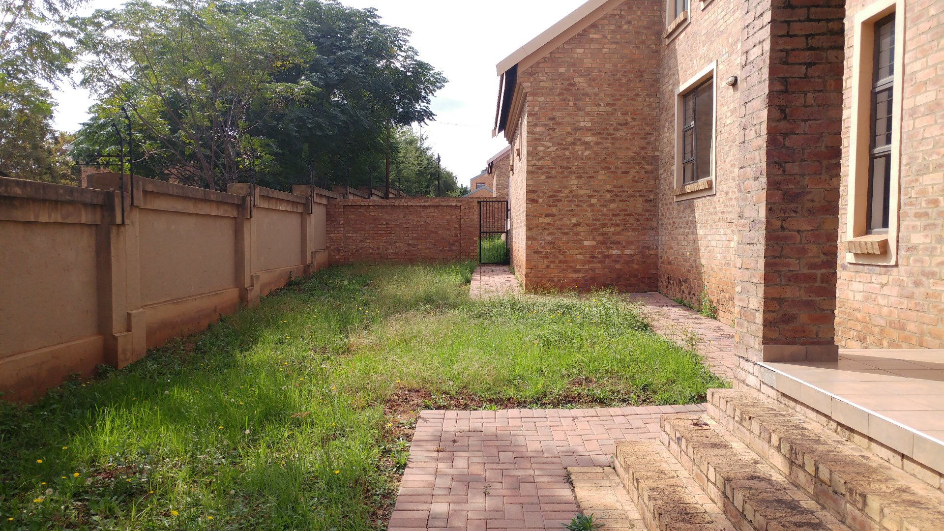 Die Hoewes property for sale. Ref No: 13605057. Picture no 29