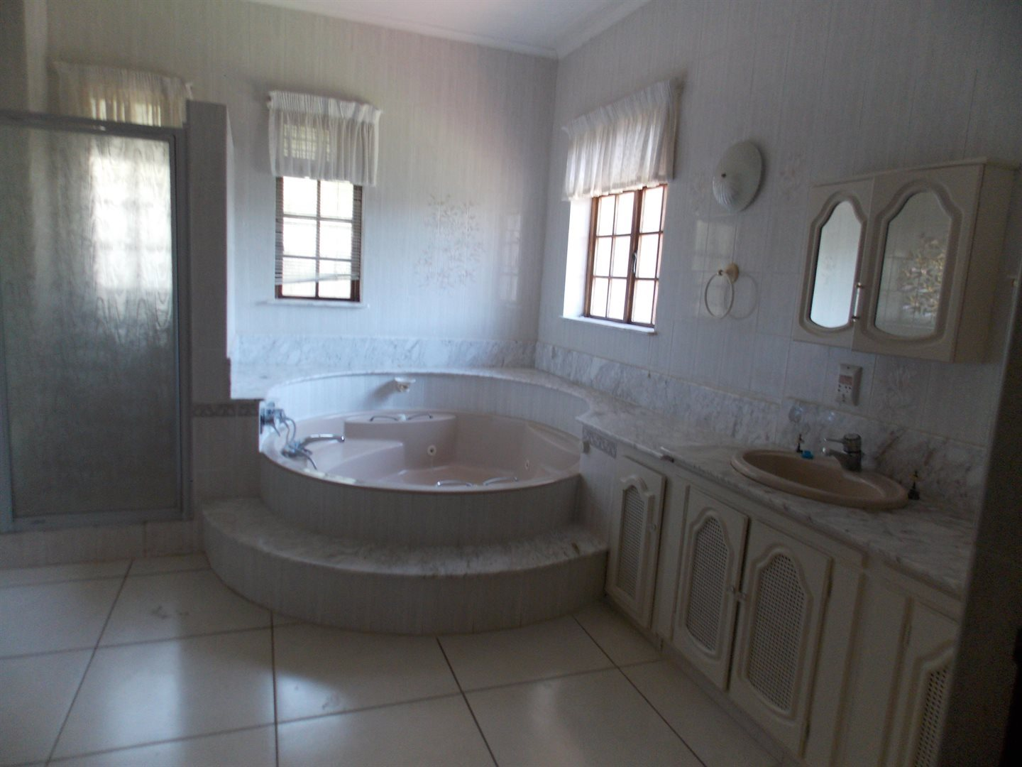 Panorama property to rent. Ref No: 13549750. Picture no 9