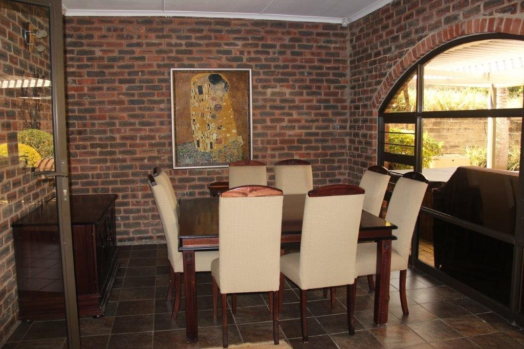 Uvongo property for sale. Ref No: 13529548. Picture no 11