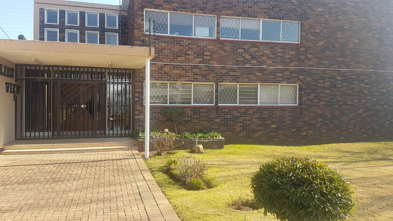 Krugersdorp, Monument Property  | Houses For Sale Monument, Monument, Apartment 3 bedrooms property for sale Price:950,000