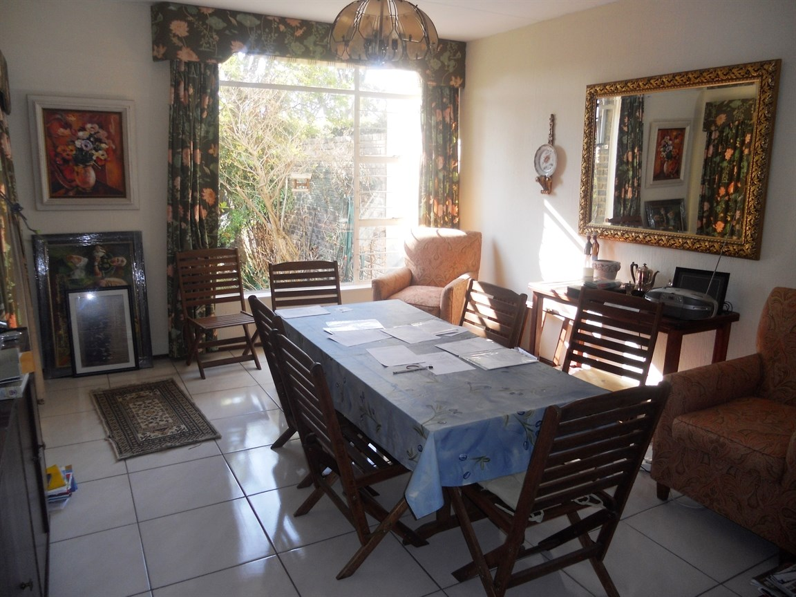 Bryanston property to rent. Ref No: 13526021. Picture no 5