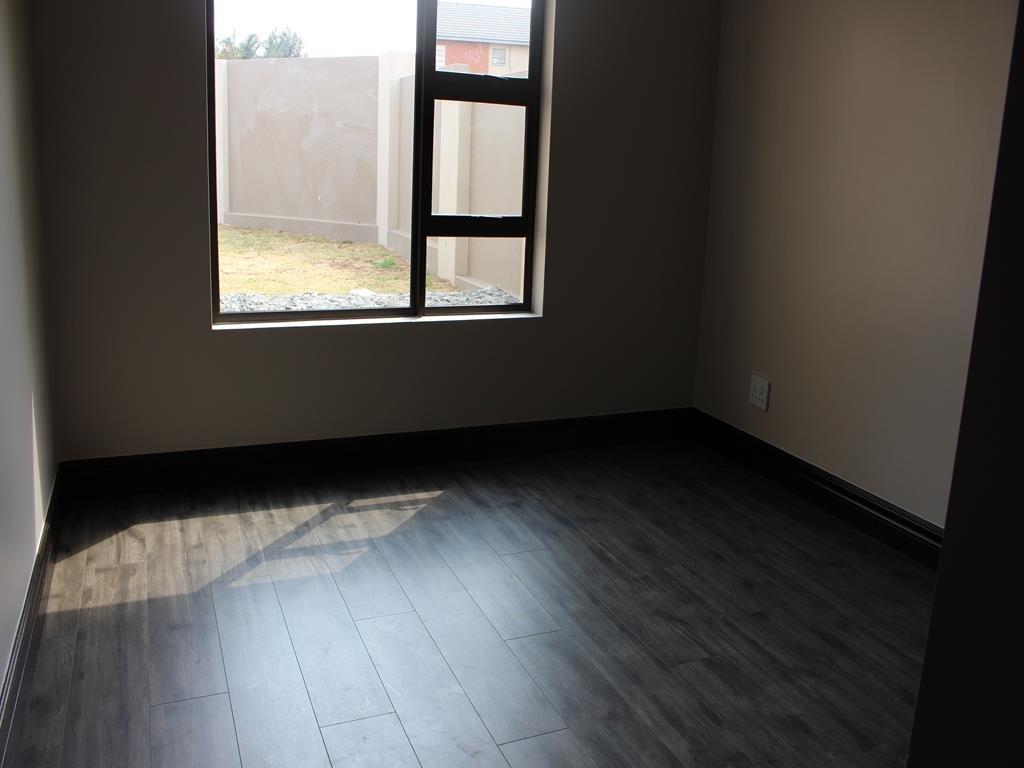Celtisdal property for sale. Ref No: 13230610. Picture no 11