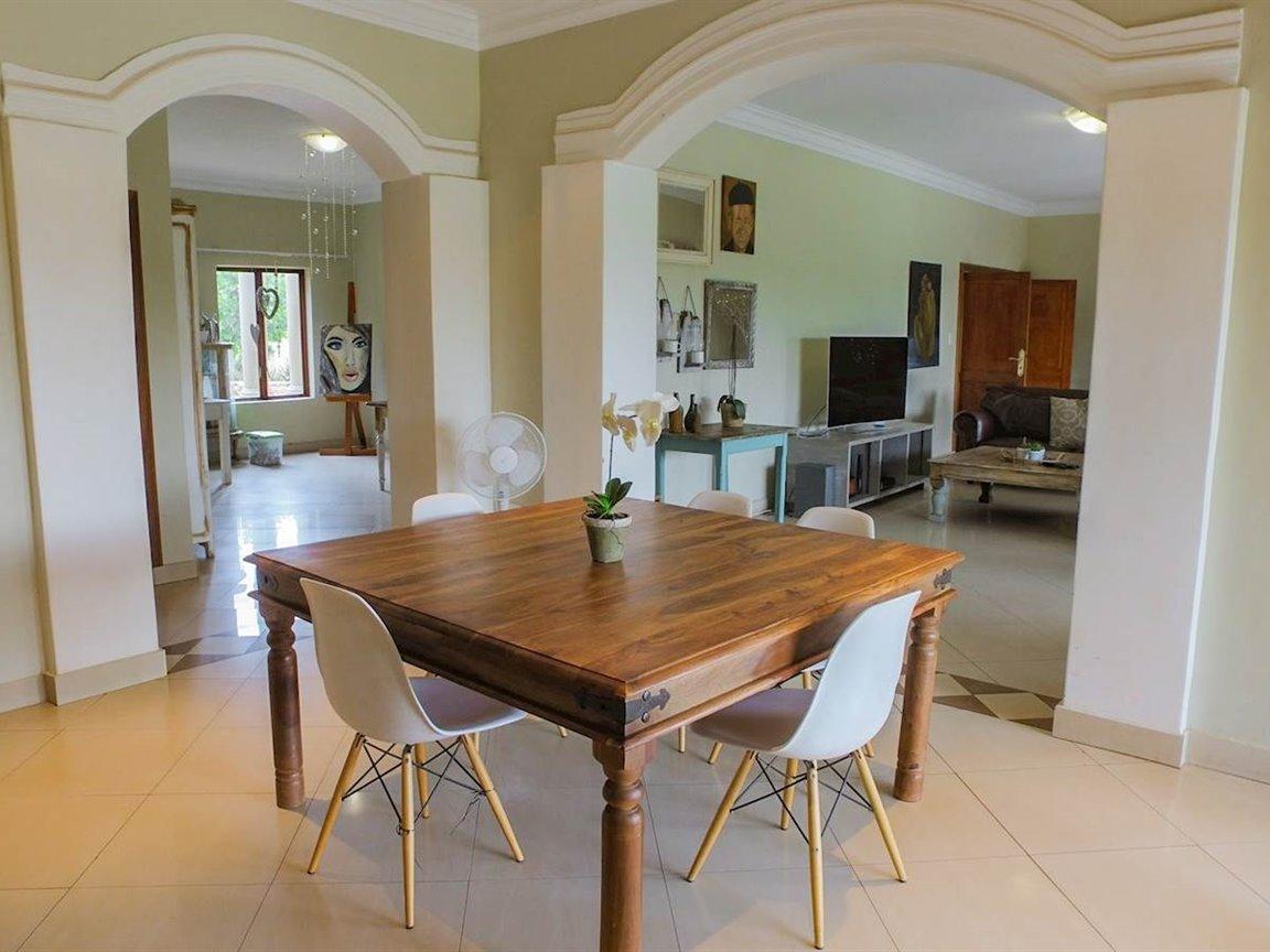 Irene Glen Estate property for sale. Ref No: 13411372. Picture no 7