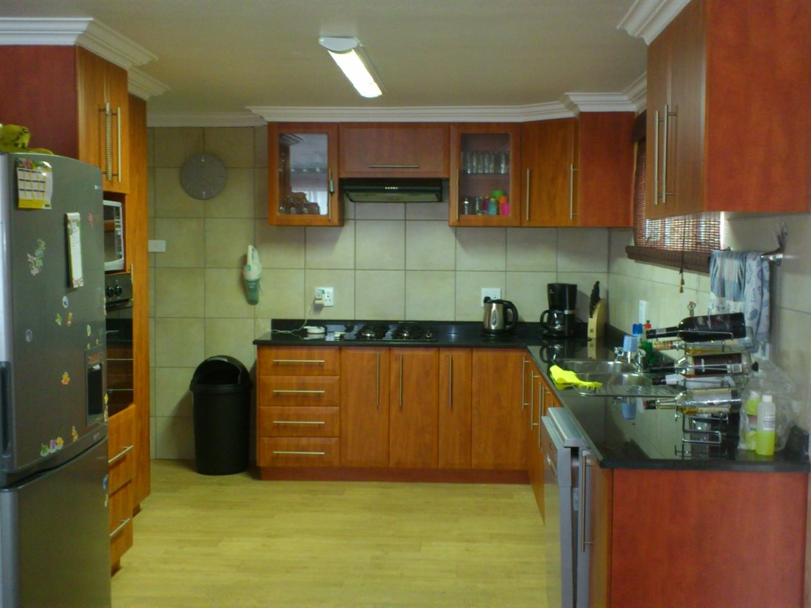 Melville property for sale. Ref No: 13349890. Picture no 4
