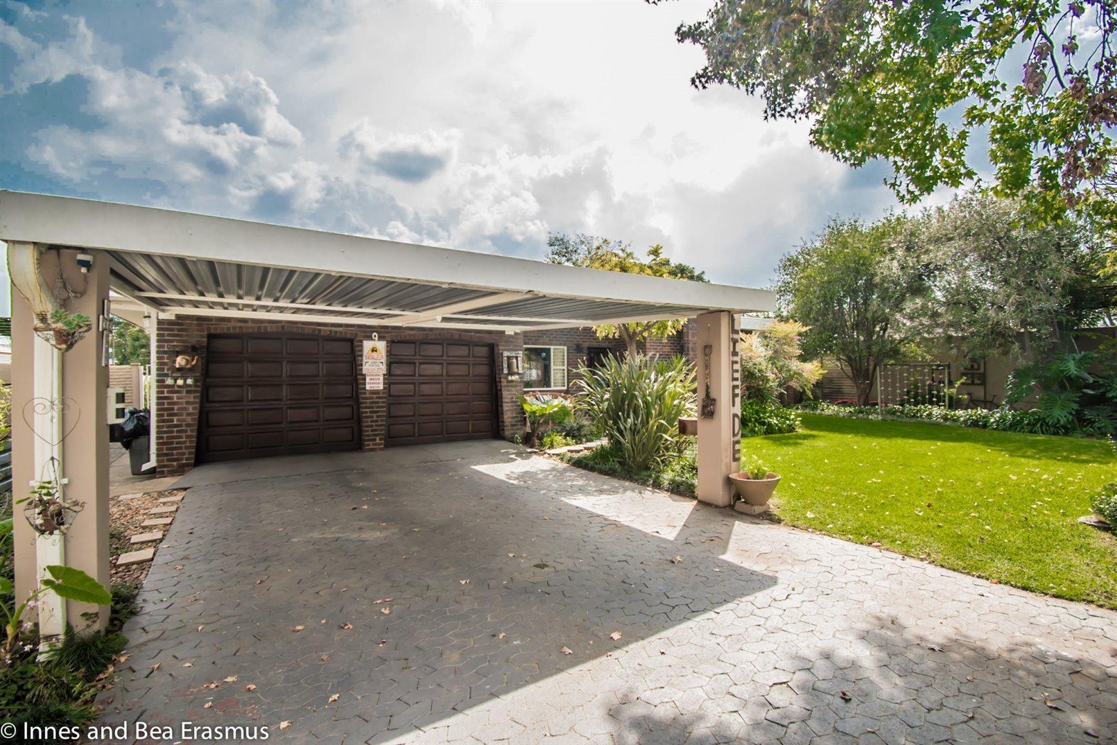 Risiville property for sale. Ref No: 13432077. Picture no 1