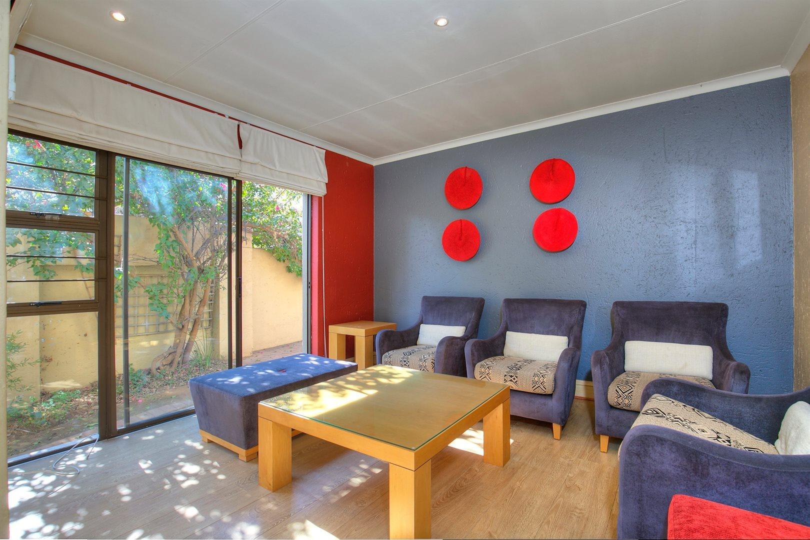 Fourways Gardens property to rent. Ref No: 13567440. Picture no 8