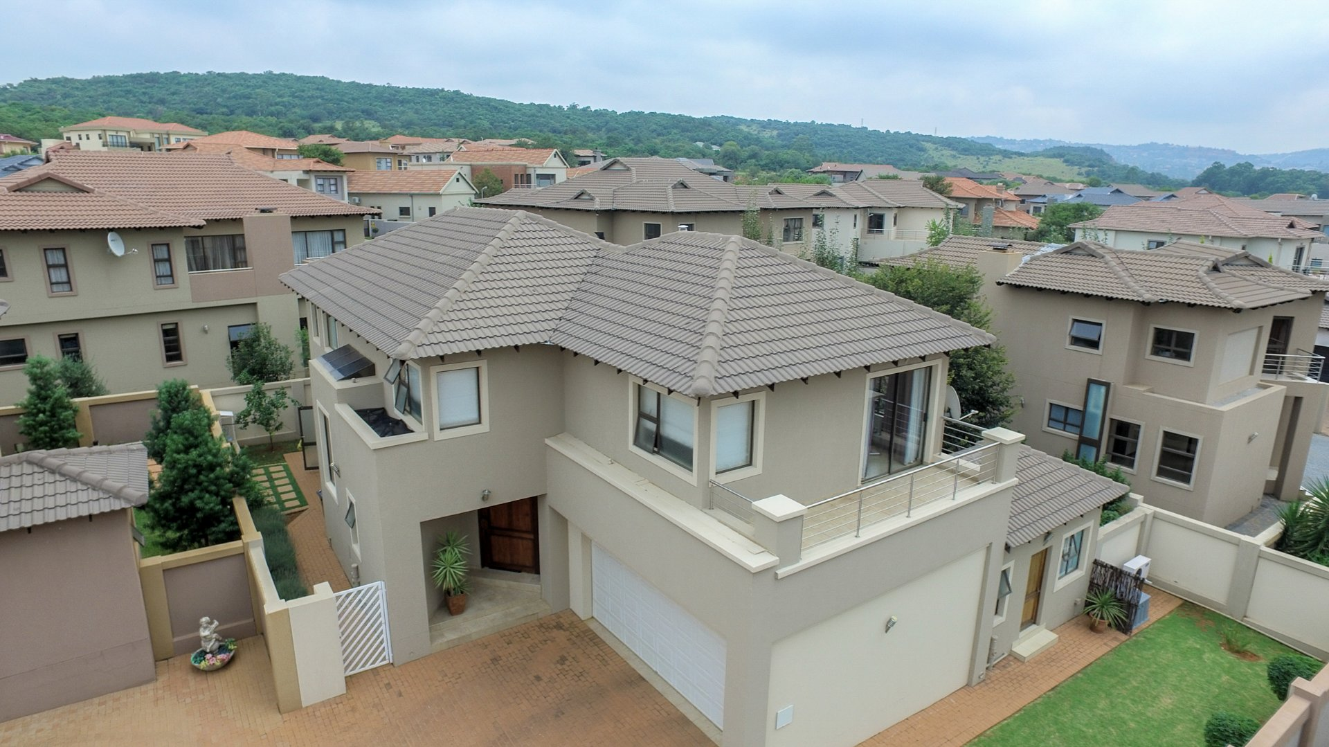 , House, 4 Bedrooms - ZAR 3,995,000
