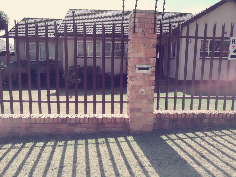 Johannesburg, Ridgeway Property  | Houses For Sale Ridgeway, Ridgeway, House 3 bedrooms property for sale Price:1,650,000