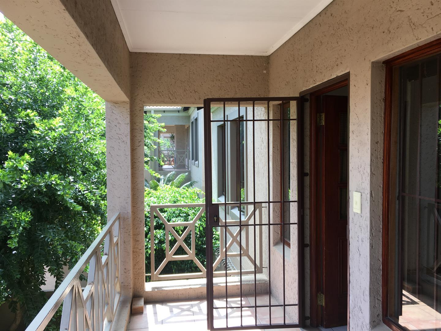 Johannesburg, Waverley Property  | Houses To Rent Waverley, Waverley, Apartment 2 bedrooms property to rent Price:, 10,00*