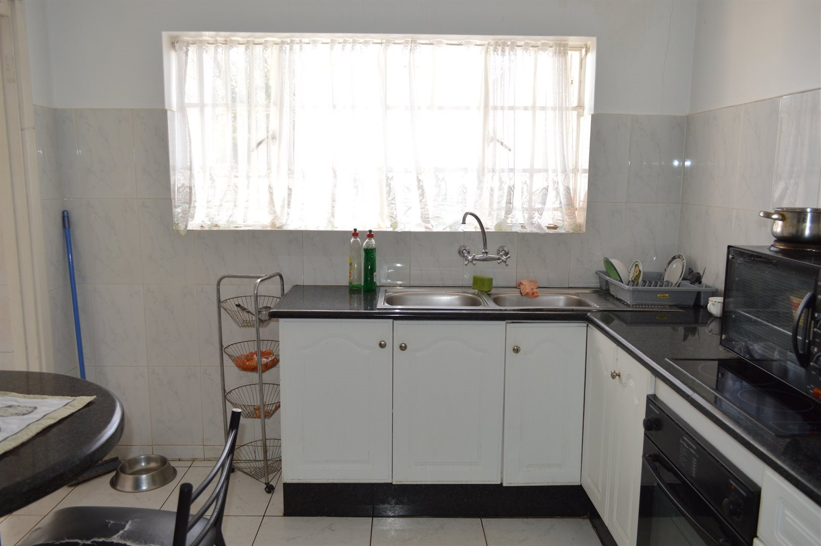 Highlands North property for sale. Ref No: 13649352. Picture no 3