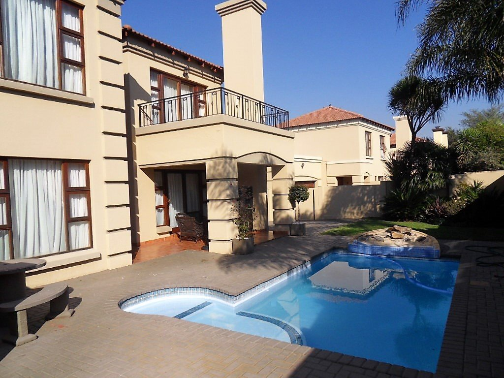Johannesburg, Mulbarton Property  | Houses For Sale Mulbarton, Mulbarton, House 4 bedrooms property for sale Price:2,997,000