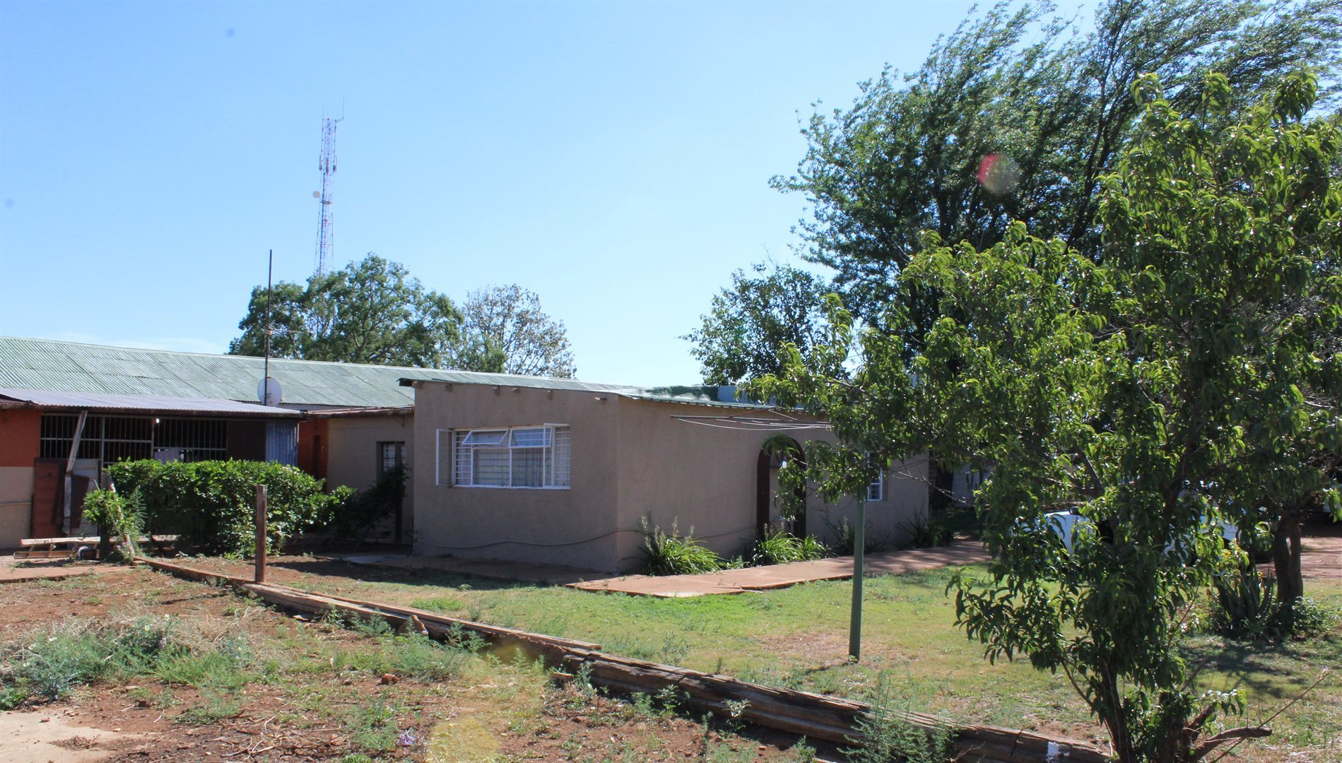Stilfontein, Stilfontein Property  | Houses For Sale Stilfontein, Stilfontein, Farms 3 bedrooms property for sale Price:1,600,000