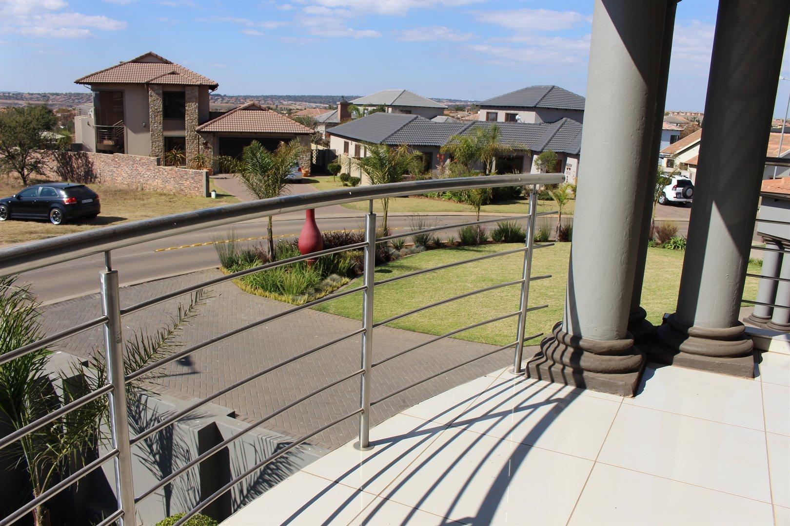 Stone Ridge Country Estate property for sale. Ref No: 13506069. Picture no 21