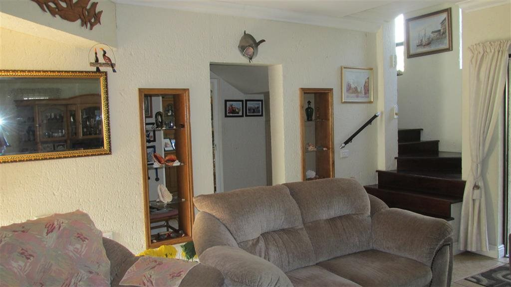 Ramsgate property for sale. Ref No: 13350627. Picture no 12