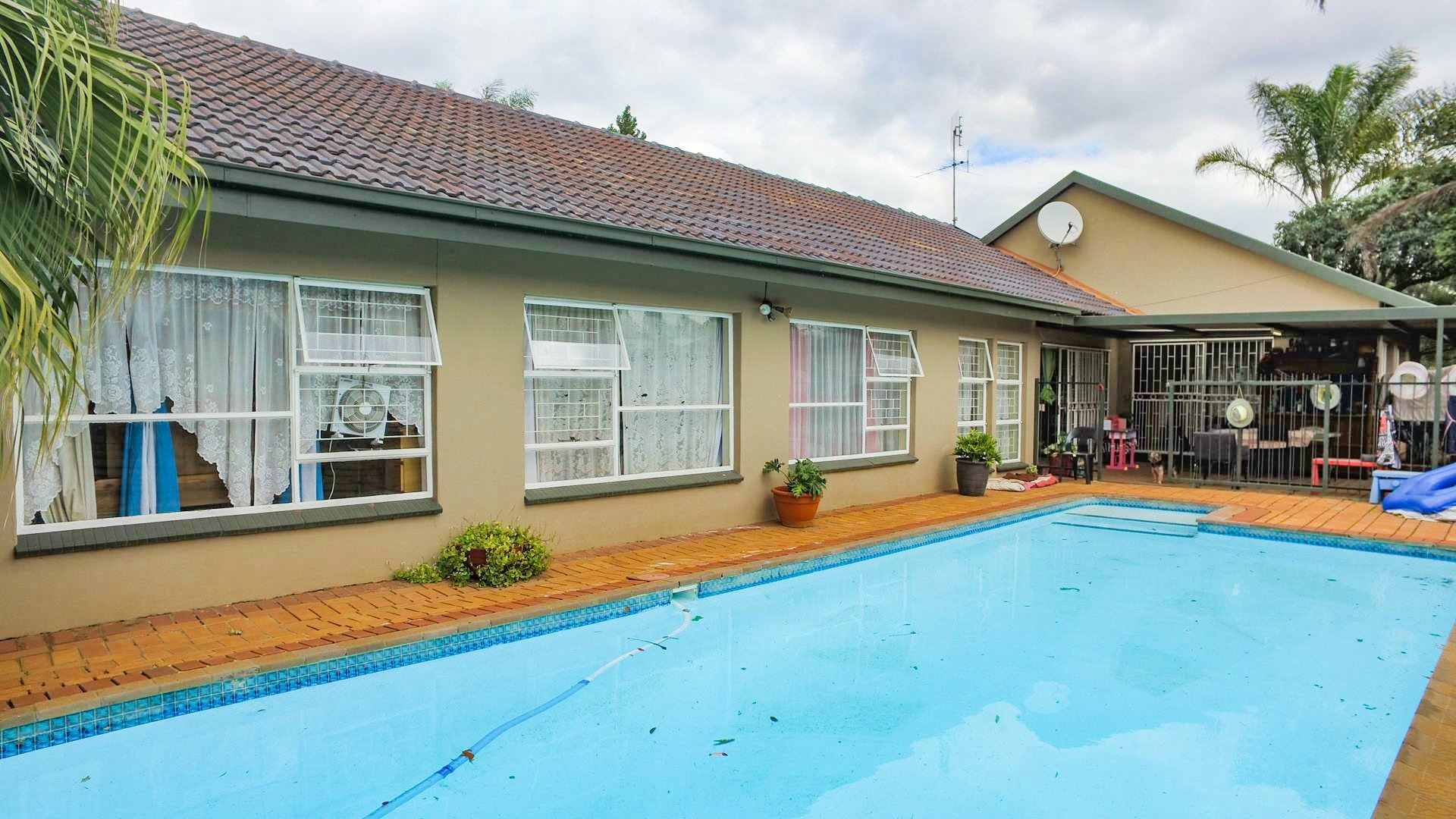Property and Houses for sale in Doringkloof, House, 4 Bedrooms - ZAR 1,790,000