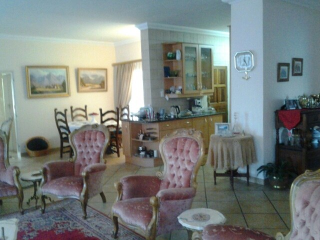 Meyerton property for sale. Ref No: 12754399. Picture no 4