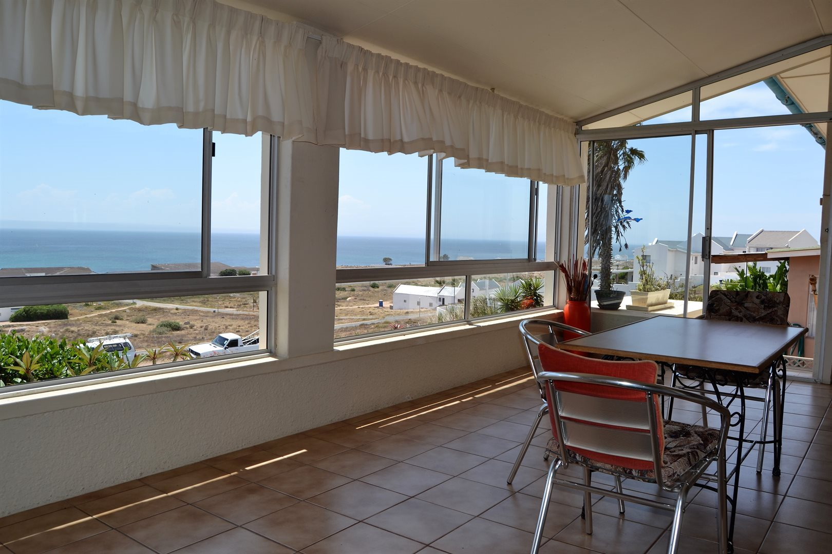 Property and Houses for sale in St Helena Bay, House, 3 Bedrooms - ZAR 1,950,000