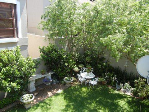 Bryanston property for sale. Ref No: 13551237. Picture no 8