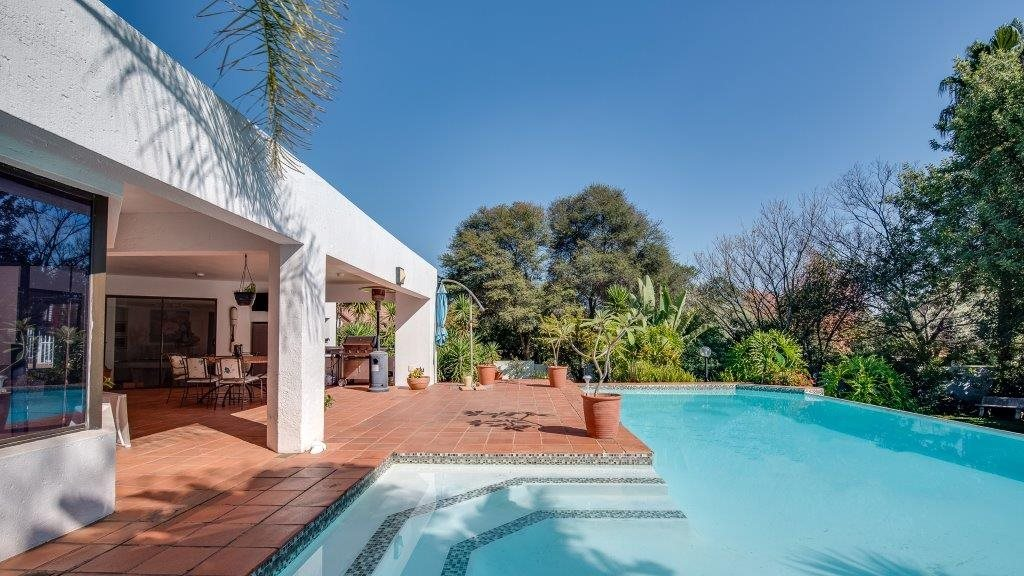 Property and Houses to rent in Woodmead, House, 4 Bedrooms - ZAR , 35,00*,M
