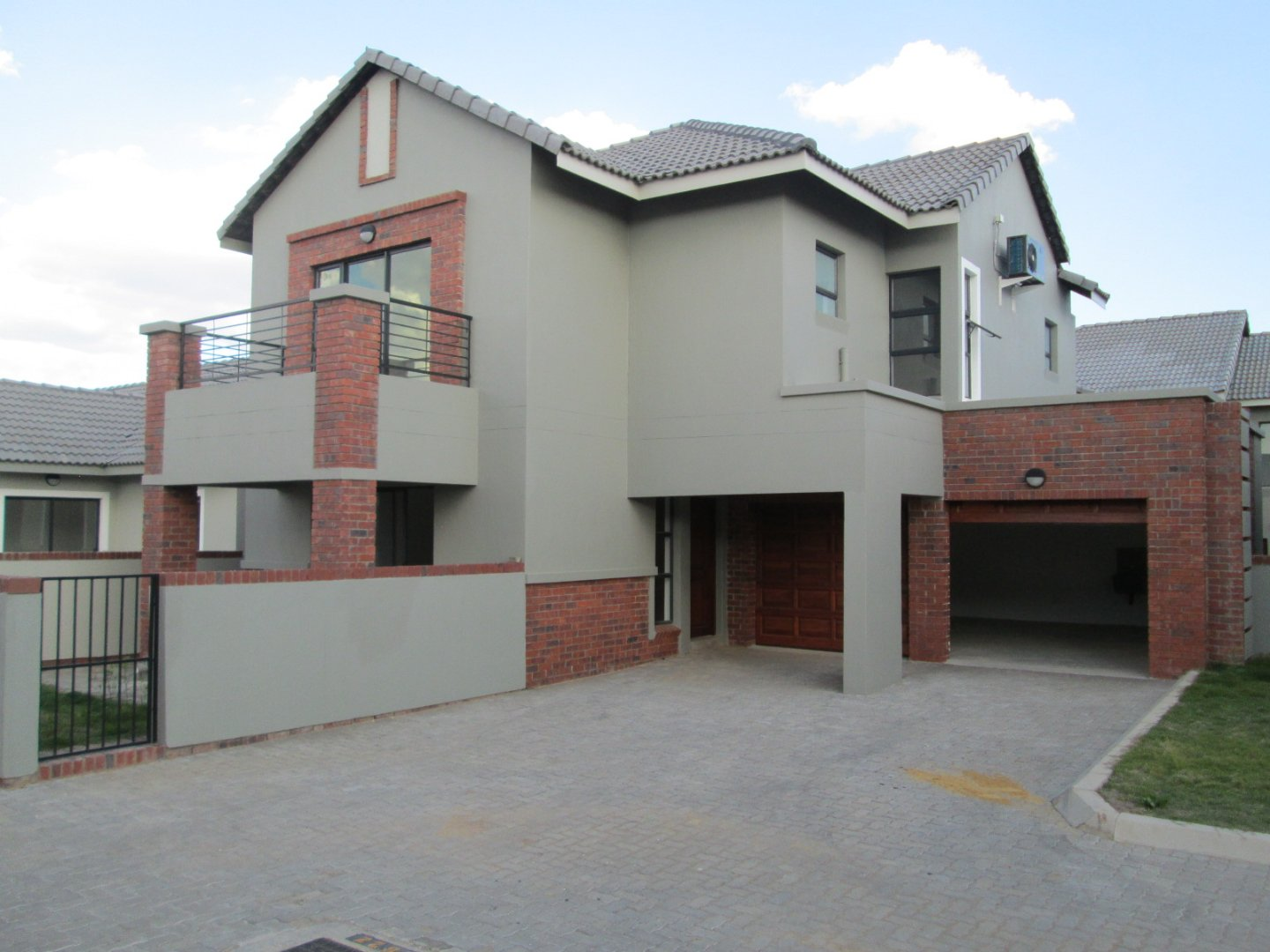 Property and Houses for sale in Meyersdal Nature Estate, Townhouse, 3 Bedrooms - ZAR 2,650,000