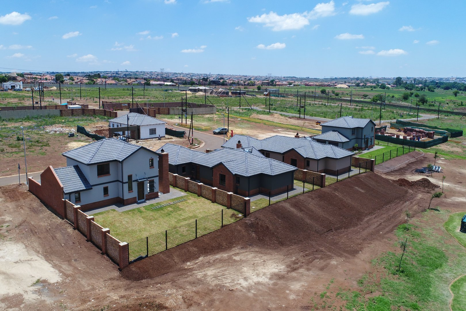 Property Olifantsfontein : Houses For Sale Olifantsfontein (All), Clayville, House 3 bedrooms property for sale Price:1,345,000