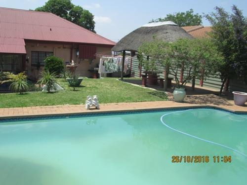 Chrisville property for sale. Ref No: 13533891. Picture no 16
