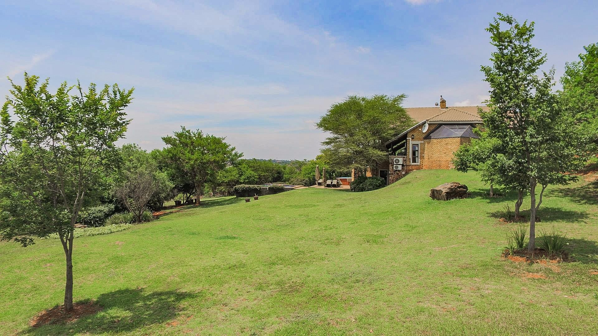 Cornwall Hill property for sale. Ref No: 13555862. Picture no 12