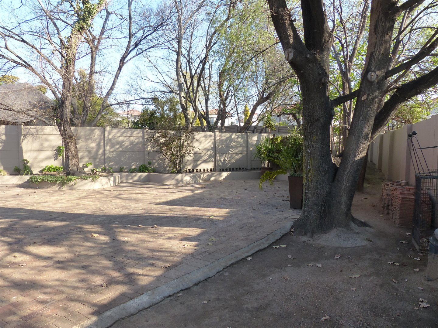Lonehill property for sale. Ref No: 13510828. Picture no 23