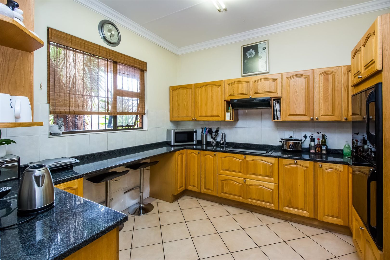 Waterkloof Heights property for sale. Ref No: 13538019. Picture no 8