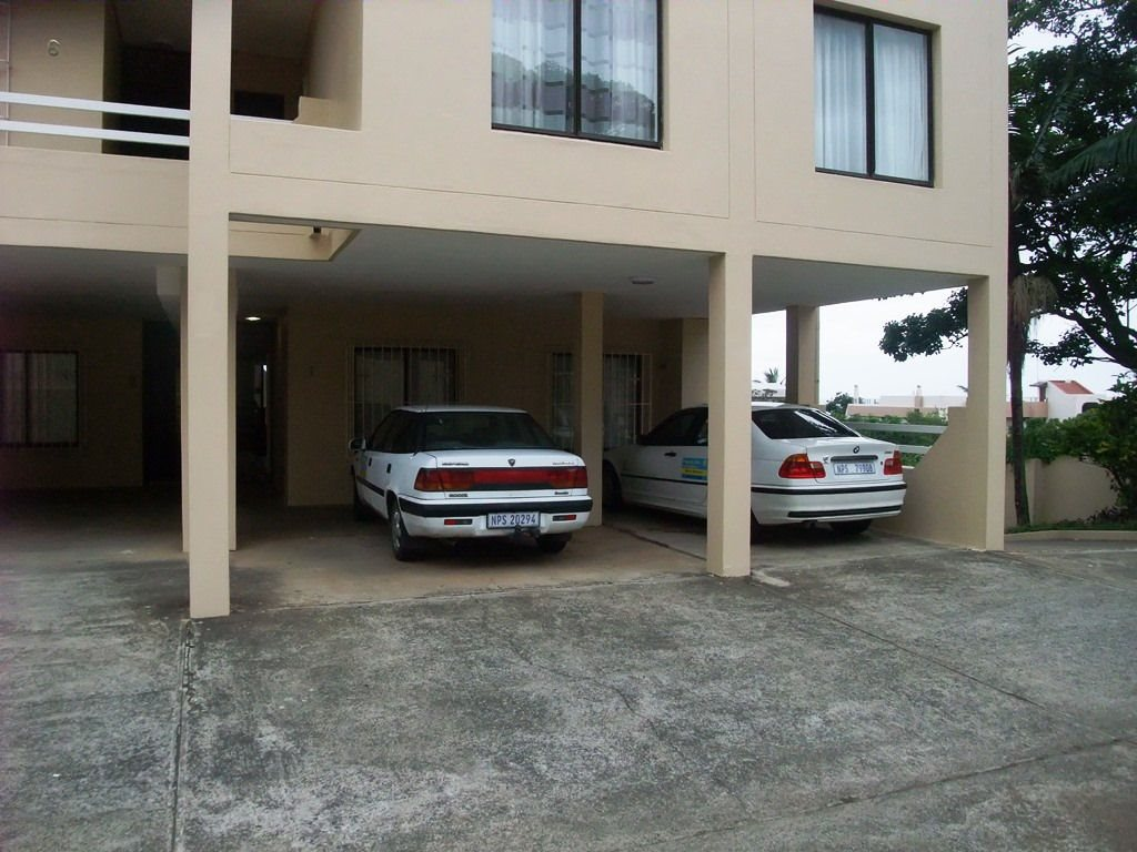 Margate property for sale. Ref No: 12775009. Picture no 18