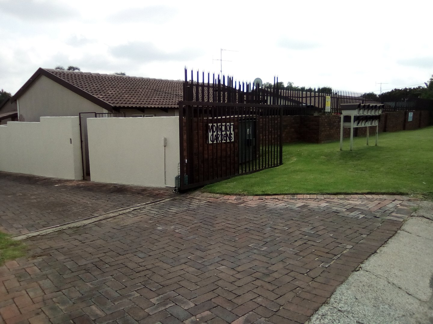 Krugersdorp, Agavia Property  | Houses For Sale Agavia, Agavia, Townhouse 2 bedrooms property for sale Price:499,000